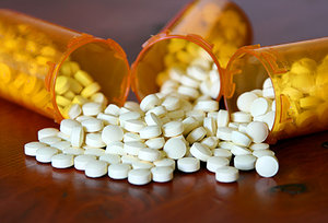 pain killers - Copyright – Stock Photo / Register Mark