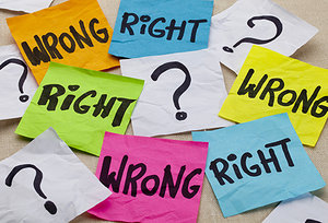 right or wrong - Copyright – Stock Photo / Register Mark