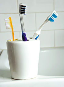 Brush your teeth - Copyright – Stock Photo / Register Mark